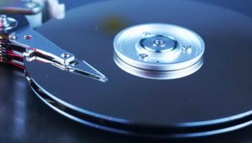 Disk-uri desfacute la partea mecanica